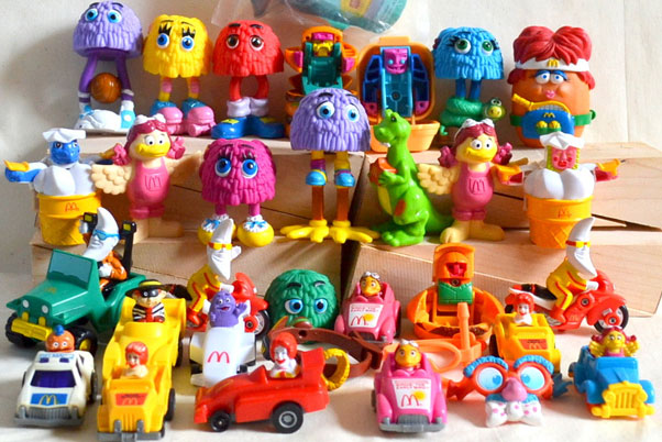 Mc Donald's has brought 3D printing for toys to its restaurants.