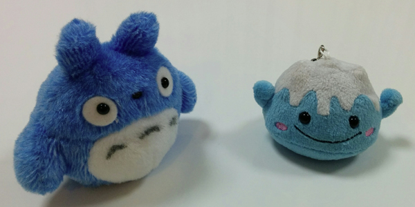 The two small plushes we 3D scanned. Totoro on the left, Fuji-san on the right